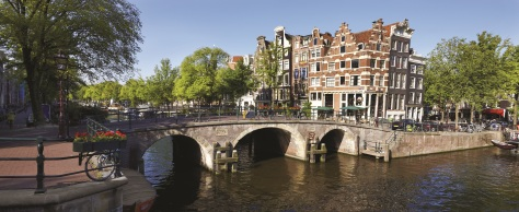 83_Amsterdam, canal and bridge SS - 127056764