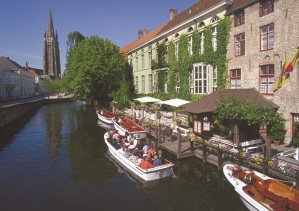 80_CBR WB - Bruges Canal - Main Image (b)