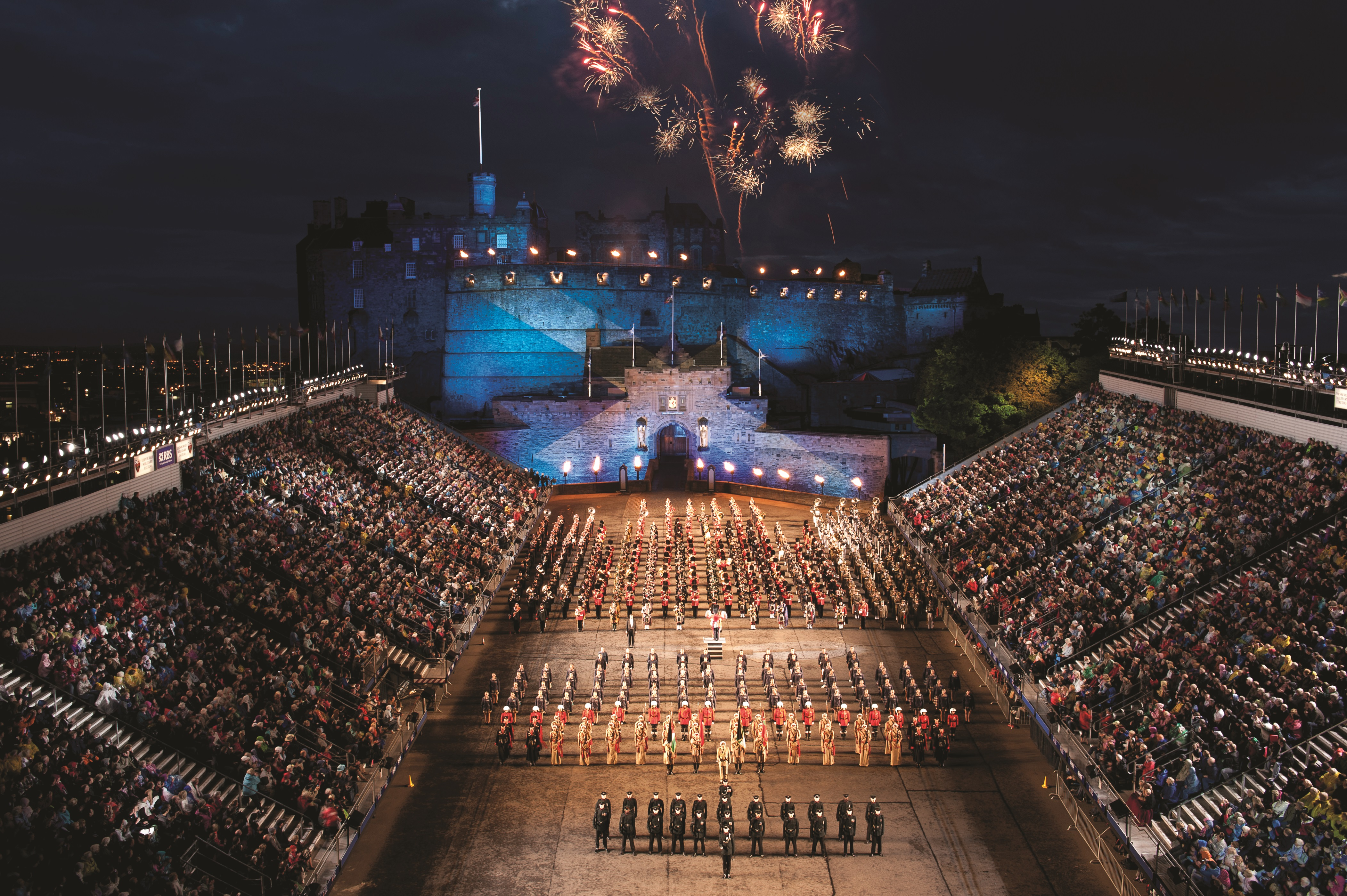 10 things to enhance your visit the edinburgh military for Royal edinburgh military tattoo
